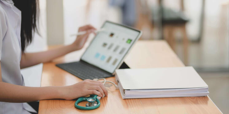 """Is Your Urgent Care Staff Ready to """"Go Digital"""""""