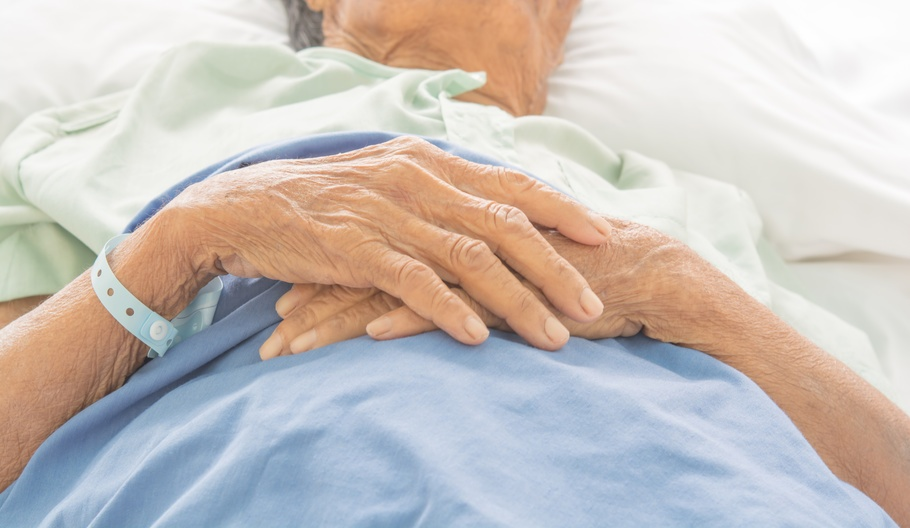 4 Strategies to Reduce Hospital Readmissions in Elderly Patients